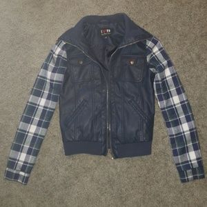 Boy Meets Girl Plaid Zip Up Jacket Navy Size Small